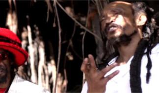 Man Up: nuovo videoclip per gli Israel Vibration e Drop Lion